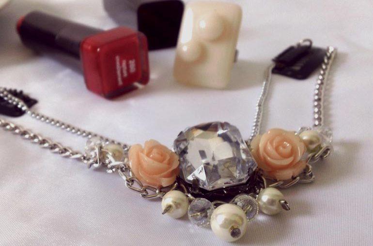 collar perlado