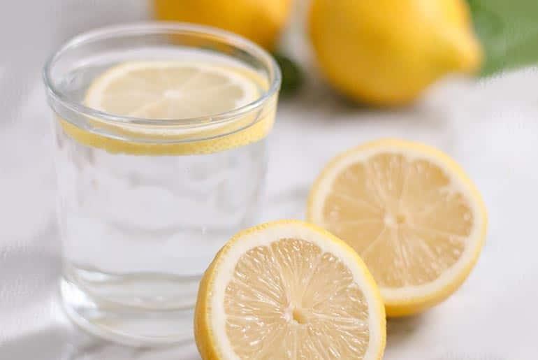Vinagre y jugo de limón