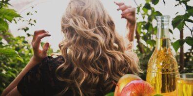 ¿Es seguro usar vinagre de manzana para el cabello teñido?