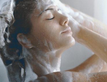 lavarse bien el cabello